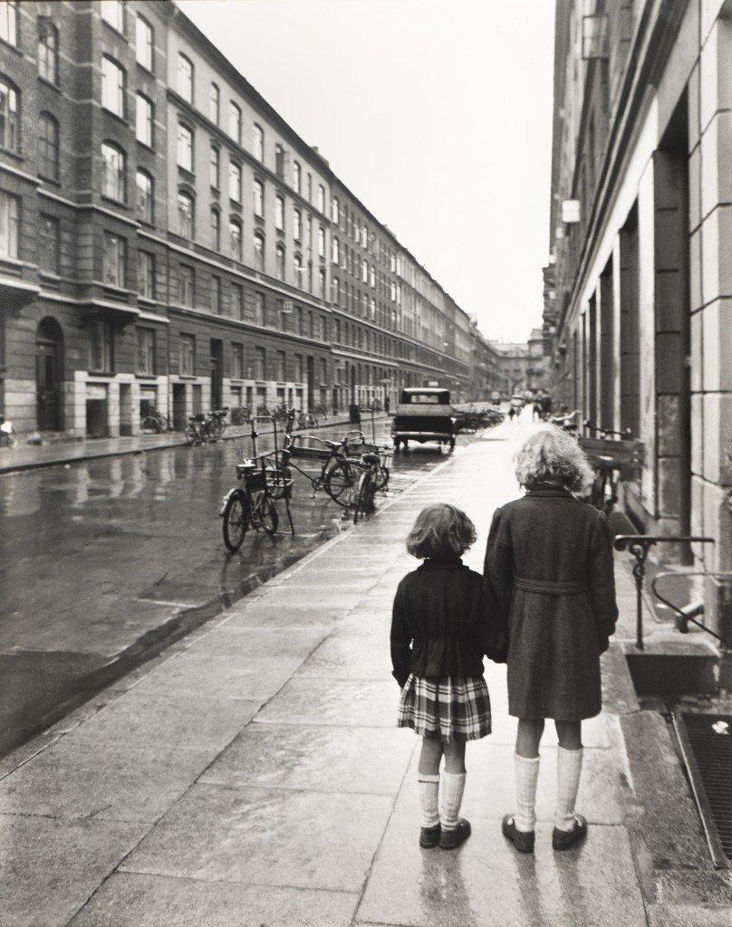 Bror Bernild: Kan vi være dette bekendt?, 1946 ©Brandts, Museum for Kunst og Visuel Kultur