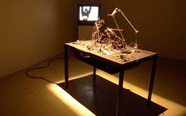 Julien Maire: Exploding Camera, 2007. (pressefoto)