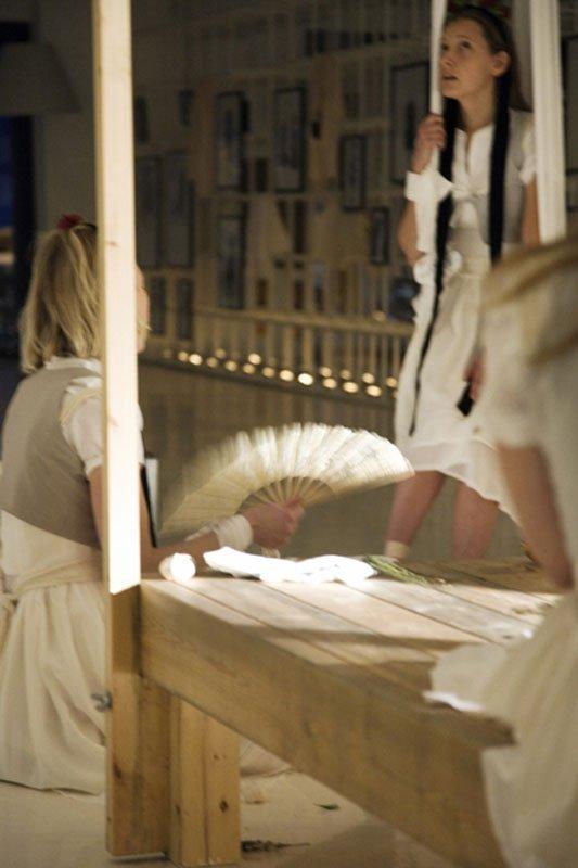 Objet de Femmes – A Gesammtkunstwerk by a Female Expressionist, 2010 (Foto: Laura Stamer)