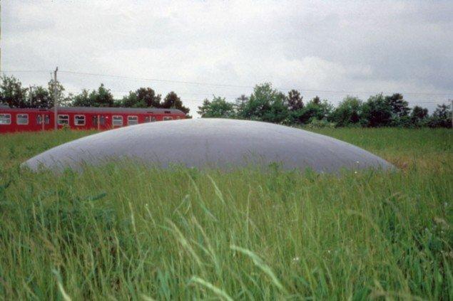 Eva Koch: Punkt 1, 1993/2011. Får permanent plads ved Kulturhuset Karensminde i Sydhavnen den 2. april 2011.