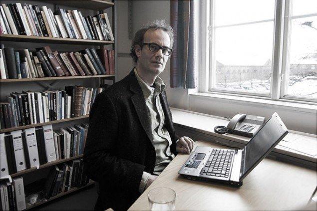 Jacob Wamberg i sit kontor på Aarhus Universitet. (Foto: Carsten Nordholt)