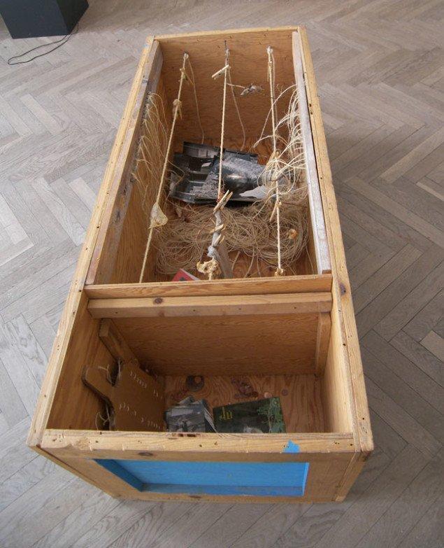 Geoffrey Hendrick: Performance-box, 1971-72 (Foto: Solveig Lindeskov Andersen).
