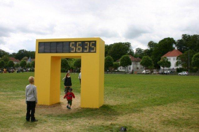 Geoffrey Drake-Brockmans portal Counter tæller alle, der passerer under den. Foto: Anne Mette Thomsen