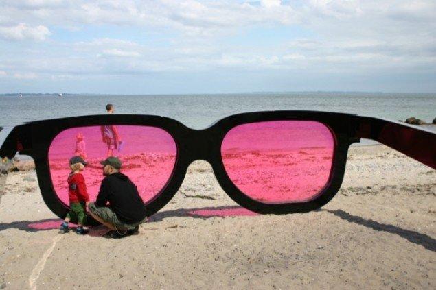 Marc Mosers overdimensionerede solbriller Sea Pink. Foto: Anne Mette Thomsen