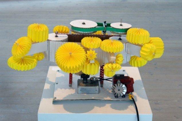 Ea Borre-Jensens papirmaskine, 2011. (Pressefoto)
