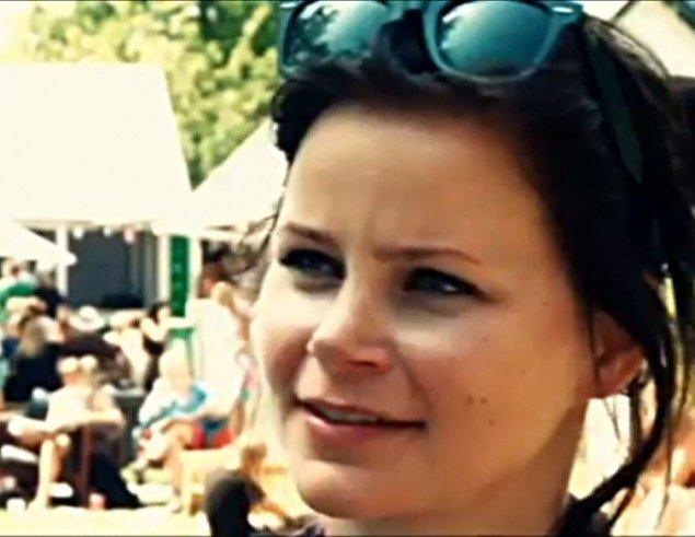 Signe Brink Pedersen. (still fra More Than Music-video)