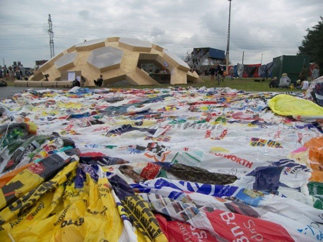 Et plasthav – genbrug i kreativ form. (Foto: Solveig Lindeskov Andersen)