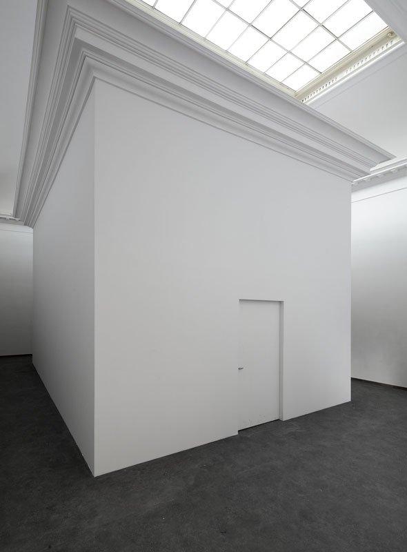 Pablo Bronstein: Pissoir, 2011. (Foto: Anders Sune Berg)