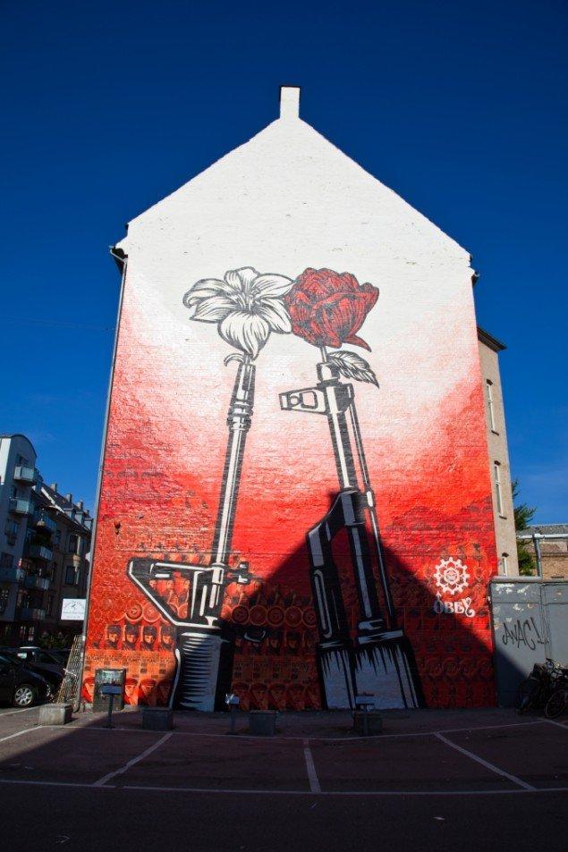 Shepard Faireys vægmaleri på Nygårdsvej i København. Pressefoto.