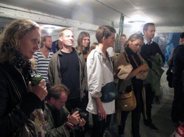 Publikum, performance, dåsebajere – fin fest. (Pressefoto)