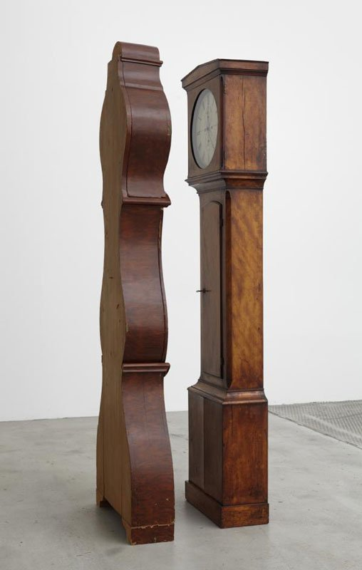 The Odd Couple (Celtic version), 2011, (Grandfather clock facing grandmother clock). (Foto: Anders Sune Berg)