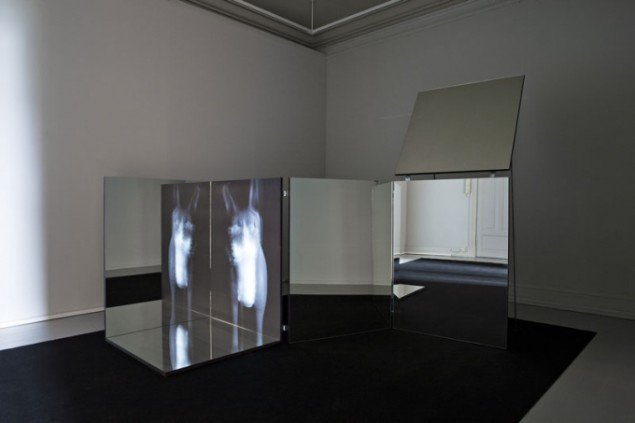 Installationsview, Ann Lislegaard (NO): Time Machine, 2011. Galleri F15, (Foto: Vegard Kleven)