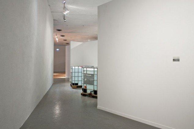 Mandla Reuter (ZA): Fountain, 2010. Momentum kunsthall. (Foto: Vegard Kleven)