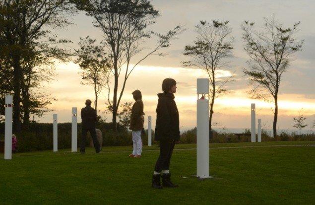 Elle-Mie Ejdrup Hansens lysskulpturer ved Ejer Bavnehøj. Foto: Jan Rusz.