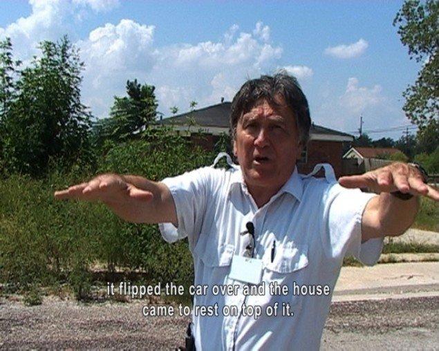 Videostill, Emanuel Licha, War tourist. Pressefoto.