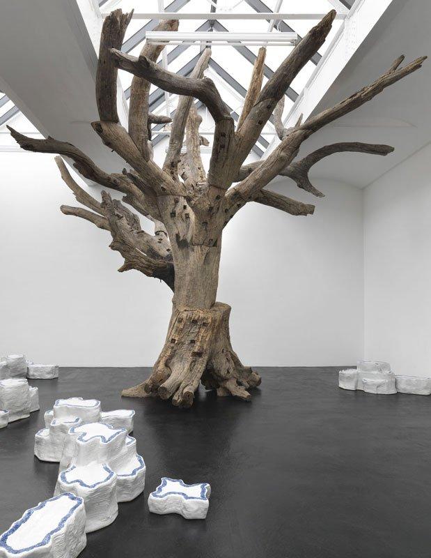 Ai Weiwei: Rocks and Trees, 2009-2011. (Foto: neugerriemschneider)