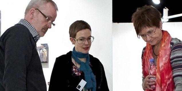 Louise Rahbek (midt for) på Art Herning 2011. Pressefoto.