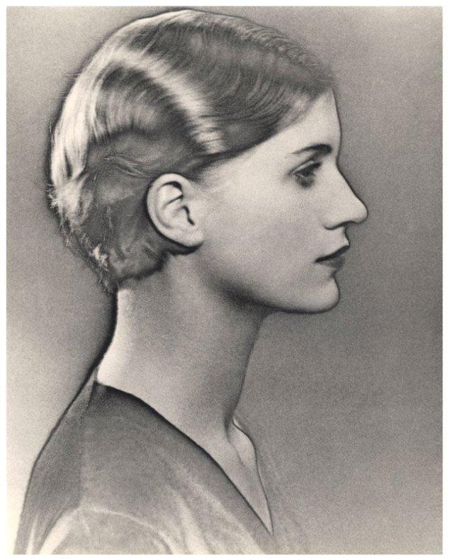 "Man Ray: ""Solariseret portræt af Lee Miller"", 1931 © Man Ray Estate. All rights reserved. The Penrose Collection, England."