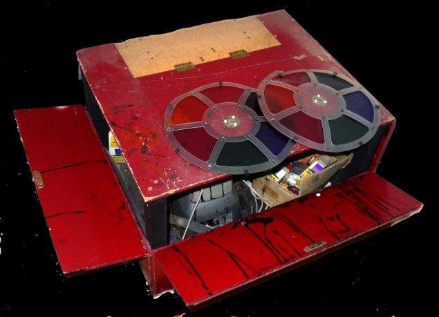 Tezcatlipocas originale gear til fremstilling af psykedeliske lyseffekter. Foto: Mikkel Scharff/Tezcatlipoca.