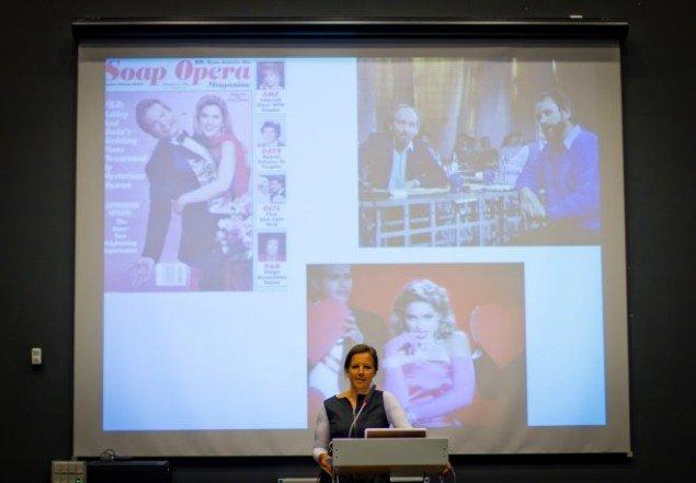 Institutleder, Mette Sandbye, drømmer sig til stjernelivet.(Foto:Aske Birkelund Erbs)