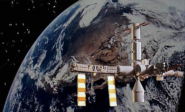 Videostills fra videoværket Satellite. Foto: MOGADISHNI.