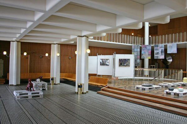 Udstillingsviews fra Århus Kommunes Rådhus. Foto: Mette Harbo Lehmann.