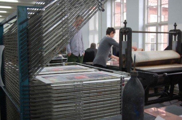 John Kørner i værkstedet. (Foto: Mette Ulstrup)