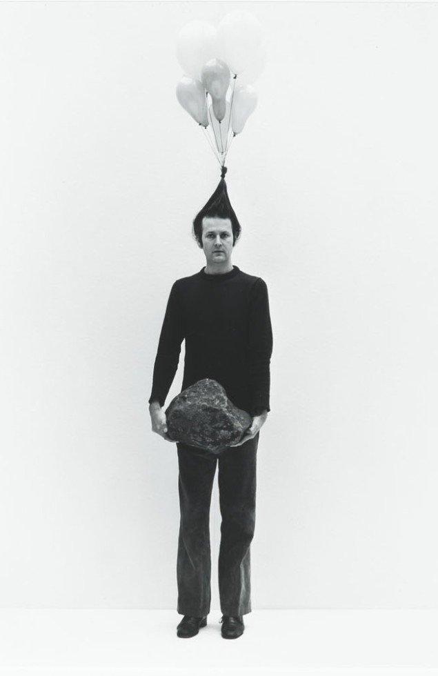 Dialouge. Gudmundsson er kunstner med tyngde og højt hår. foto: Kunstmuseet i Tønder
