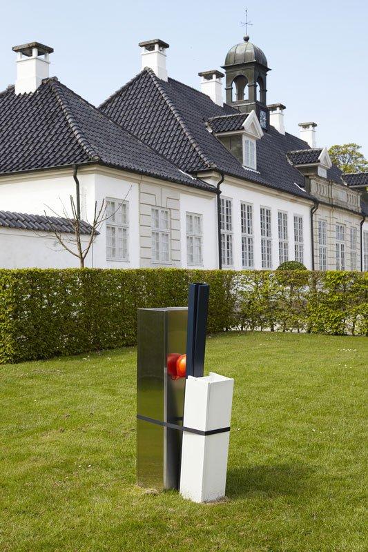 Jeanette Hillig: Uden titel, 2012 i Gl Holtegaards aktuelle udstilling Secret Garden. (Foto: Jan Søndergaard)