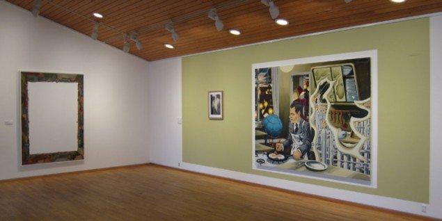Installationsview, Martin Bigum – Struktur, Kastrupgårdsamlingen, med portrættet af Søren Ulrik Thomsen til højre. (Pressefoto)