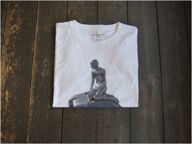 HAN på T-shirt (Foto: Line Rosenvinge)