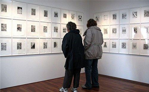 Interiørbillede fra udstillingen på Louisiana. Foto: Lars Svanholm