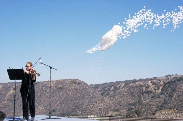 Alfredo Jaar: The Cloud, 2000, video, 17.53 min. Foto: Brandts.