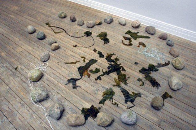 Foto af Jessie Kleemanns Rituel stenplads. Foto: Jens Møller.