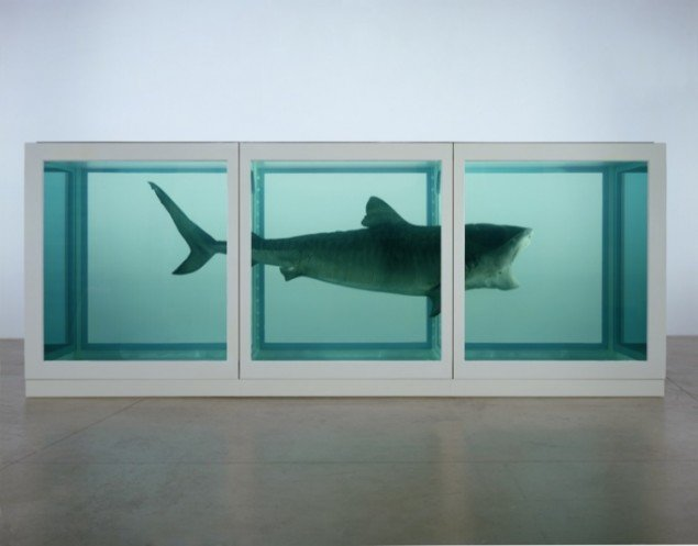 Damien Hirst: The Physical Impossibility of Death in the Mind of Someone Living (1991), © Damien Hirst and Science Ltd. All rights reserved. DACS 2011. (Foto: Prudence Cuming Associates)