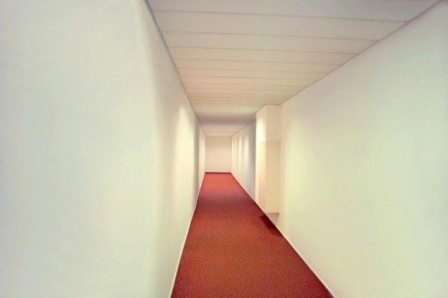 Hotel, 2007, (lambdaprint – fra serien Heimlich). Pressefoto.