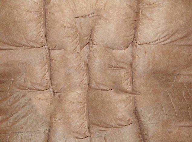 David Stjerneholm Couch #2, 2011, aller c-print. Foto: Charlotte Fogh Gallery.
