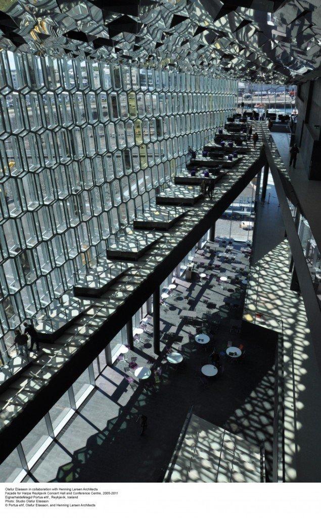 Facade for Harpa Reykjavik Concert Hall and Conferencecenter, 2005-2011, Olafur Eliasson i samarbejde med Henning Larsen Architects. Foto: Osbjørn Jacobsen.