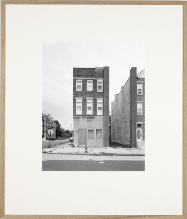 Some Boarded Up Houses (Brooklyn-Baltimore) (06), 2009, Silver gelatin print. Courtesy: Galleri Nicolai Wallner, Copenhagen, DK. Foto: Anders Sune Berg.
