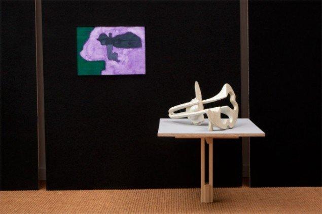 Uden titel, Cai-Ulrich von Platen, akvarel og Bang Petit, Per Ahlmann, keramisk skulptur, 2012. Pressefoto