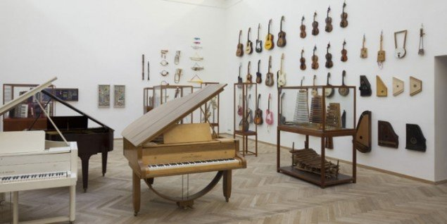 Ruth Ewan: Installationsfoto, 2012. (Foto: Anders Sune Berg)