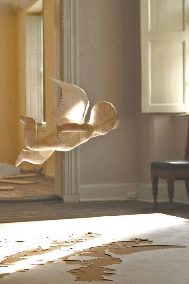 Three angels trying to escape their drawing (detalje), Peter Callesen 2007, Foto: Maja Egelund