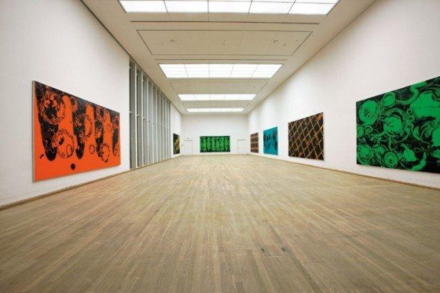 Udstillingsview fra Nils Erik Gjerdeviks udstilling: Nye Værker på Brandts, 2012. Foto: P. Wessel.