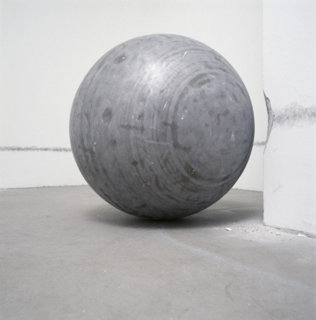 360° Presence, 2002. Courtesy: Johann König, Berlin and 303 Gallery NY. Foto: Ludger Paffrath.