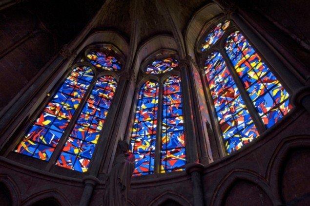 Imi Knoebel, Notre-Dame de Reims (2011). (foto: Ivo Faber, VG-Bildkunst, Bonn, 2012)