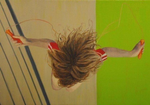 Kirsten Schauser har malet flere billeder, hvor personen er set oppefra. Pressefoto.