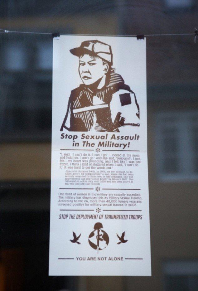Et af trykkene fra samlingen War is Trauma. Pressefoto