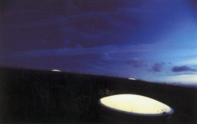Earthsculpture,, 2001, jordskulptur i Esbjerg, med arkitekt Steen Høyer. Foto: Steen Høyer.