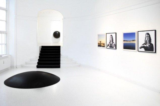Udstillingsview fra Eva Kochs soloudstilling på Martin Asbæk Gallery i 2011. Pressefoto.