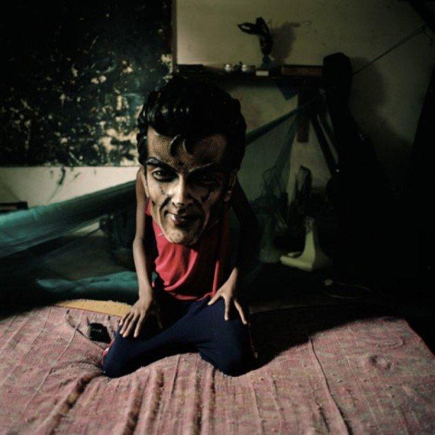 Mask fra serien Maputo Diary af Ditte Haarløv Johnsen.